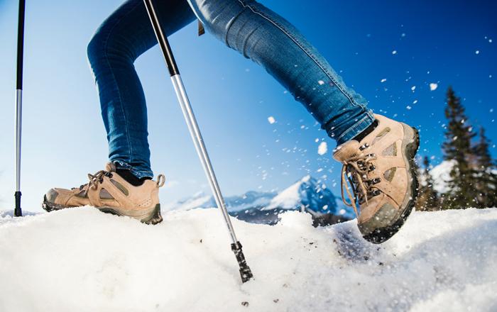 Scarpe per il nordic walking nella neve