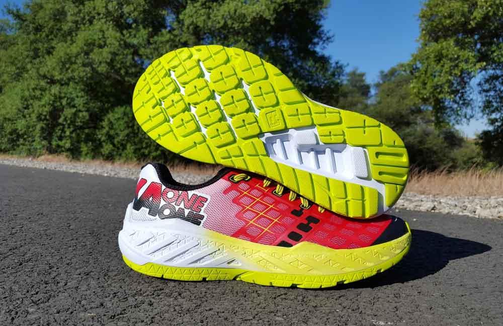 Le migliori scarpe da Running Hoka One  Recensione con opinioni e ... 803770171d1